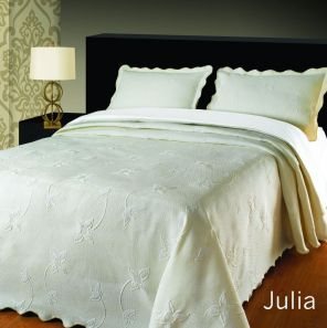 Elainer Julia Bedspread Cream Single